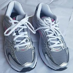 Saucony Oasis Womens Running Shoe 9.5 Like New